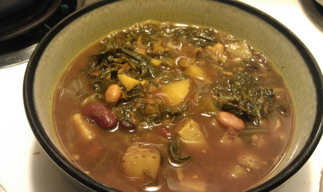 low amine bean and kale soup