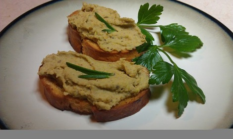 Pistachio rosemary spread