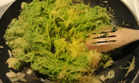 Spaghetti squash and low amine pesto