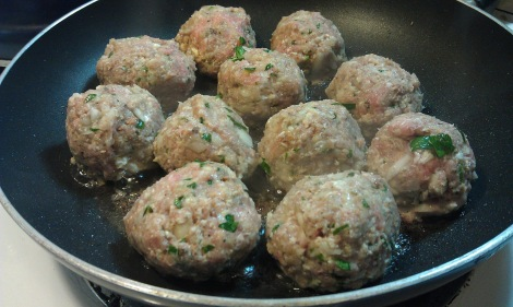 Turkey Meatballs can also be done in the frying pan, but require 2T oil for frying and the cream cheese escapes more easily.
