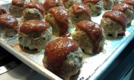 Cream Cheese and Caramelized Turkey Meatballs with BBQ Sauce (photo)