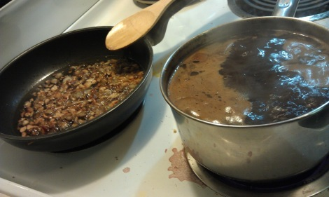 Making sesame oil substitute and soy sauce substitute (photo)
