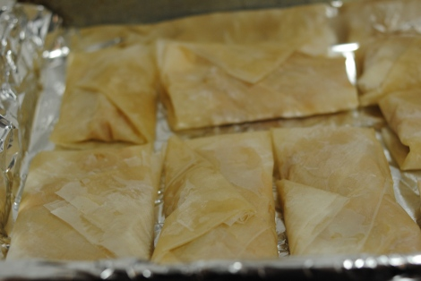 Folded low-amine peach and pear phyllo pockets (photo).