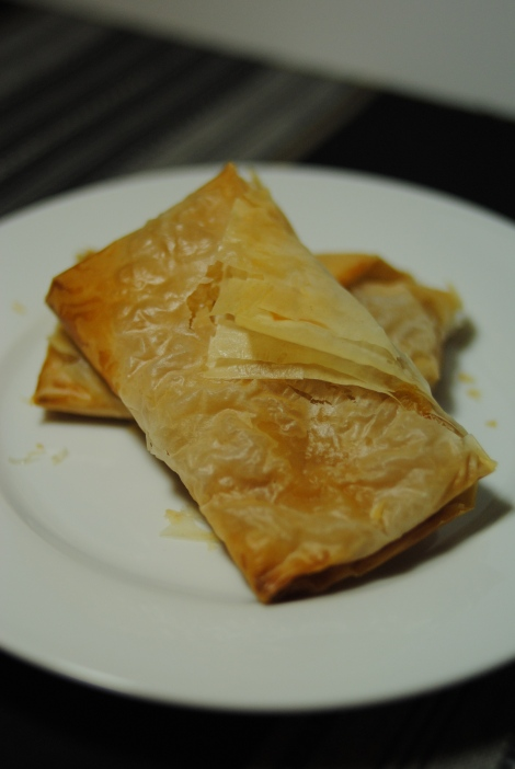 Low Amine Peach and Pear Phyllo Pockets (photo)