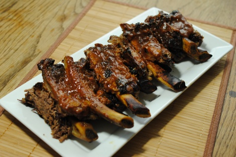 Low-Amine BBQ Beef Ribs, served! (photo)